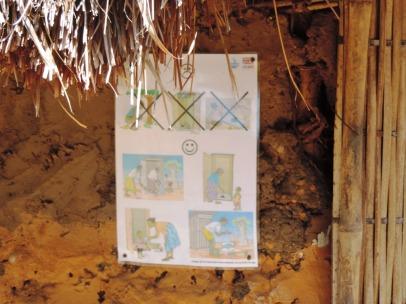 Affiche de sensibilisation sur la latrine hygiénique modèle construite avec l'appui de Concern Worldwide, village de Luba, Zone de santé de Manono, Province du Tanganyika